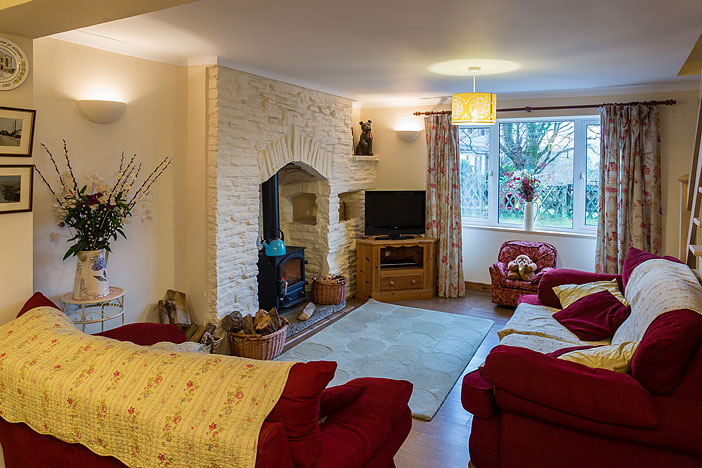Tan Yr Eglwys Cottage 2 Lounge