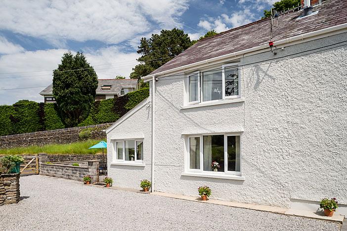 Cottage 2 outside