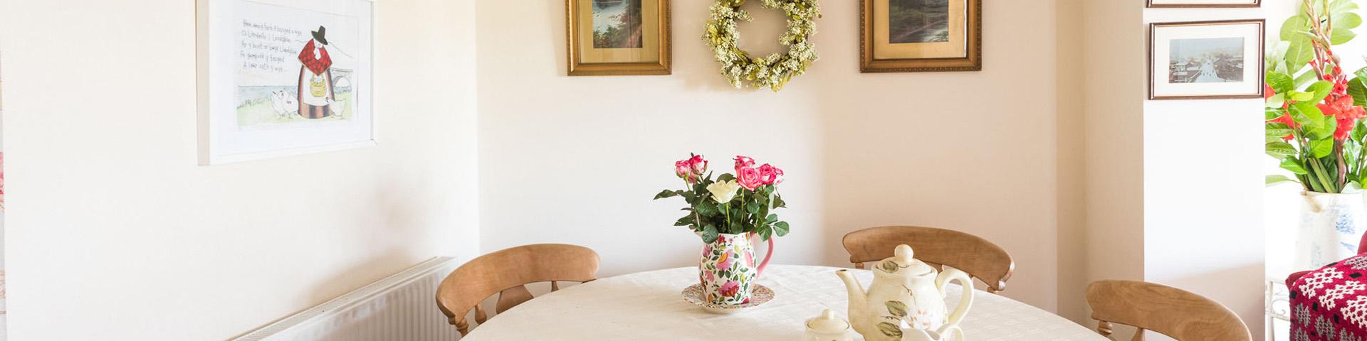 quiet getaways for couples uk, romantic getaways wales, brecon beacons cottages